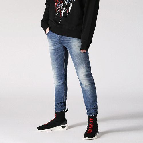Jeans-Hombres_00S7VGC84QJ_1_1.jpg