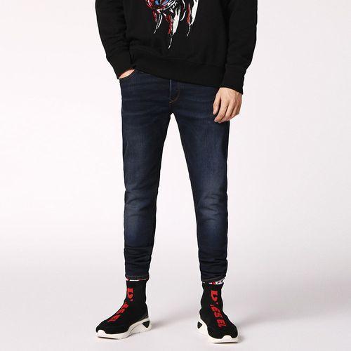 Jeans-Hombres_00S7VGC84RI_1_1.jpg