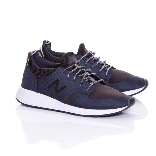 Zapatos-Mujeres_WRL420SA_BLACK_1.jpg