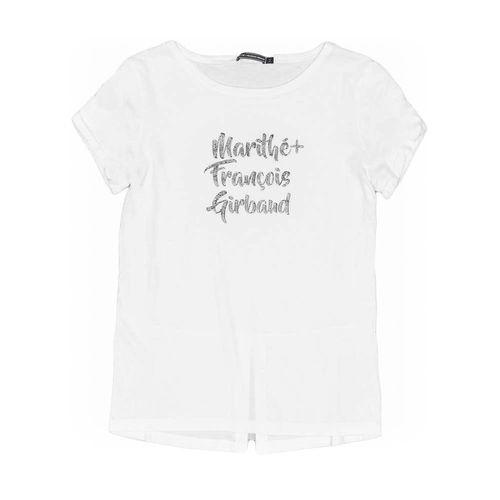 Camisetas-Mujeres_GF1100387N000_CR_1.jpg