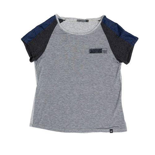 Camisetas-Mujeres_GF1100424N000_GRM_1.jpg