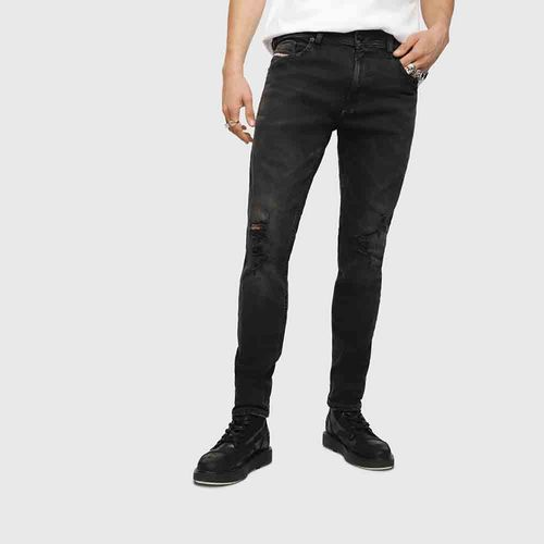 Jeans-Hombres_00SW1QCN013_02_1.jpg